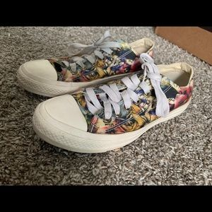 ConverseAll⭐️ Floral Hawaiian Limited edition🌺